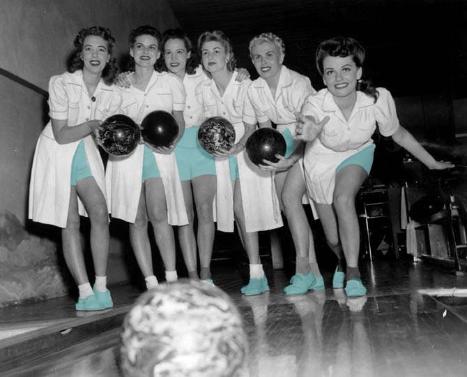 group_bowling_teal